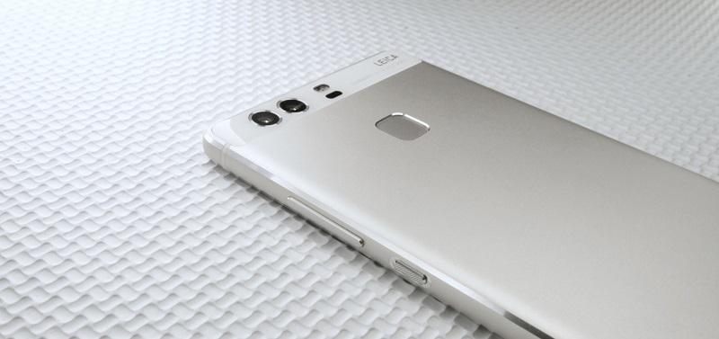 Dual camera phones